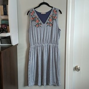 Stitch fix skies are blue embroidered dress Large